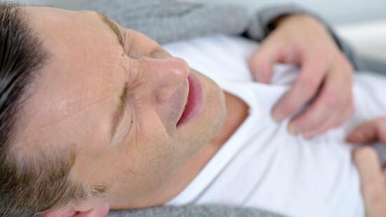 smerter i nedre del av magen lege tegning