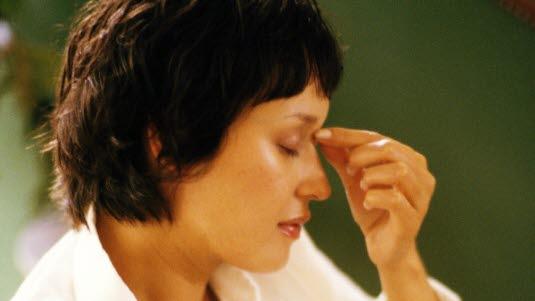 sterke smerter i magen smerter i livmor