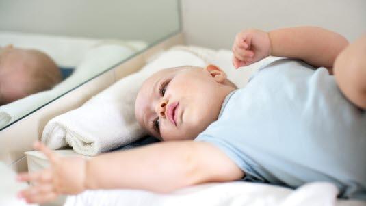 hvor mye sover en nyfødt